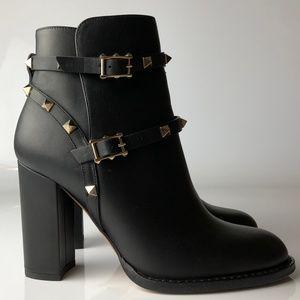 Valentino Rockstud Studded Ankle Boots 36